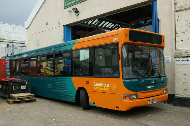 399 CE02UVR Cardiff Bus