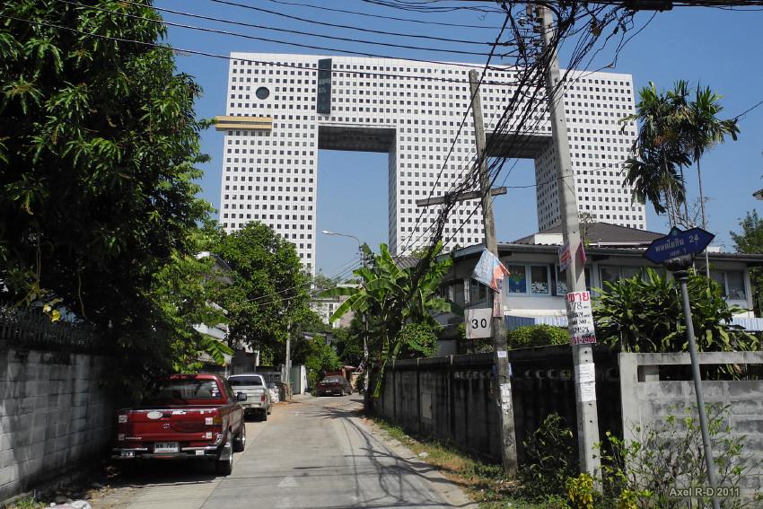 Bangkok : The Elephant Building