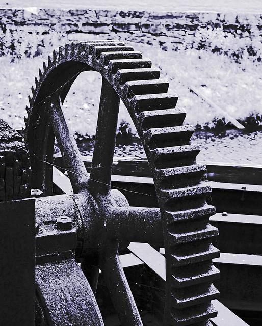Canal Gears
