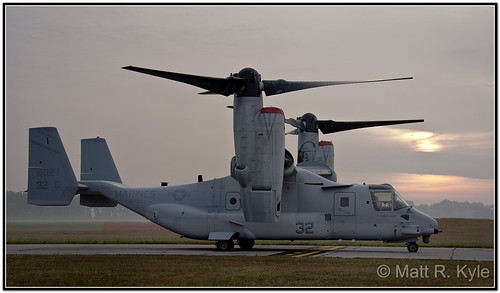 show usmc sunrise flying aircraft air airshow osprey warbird v22 airpalne willowrun yankeeairmuseum thunderovermichigan bellboeing