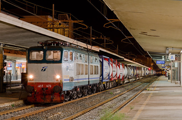 La notte dei treni dirottati...