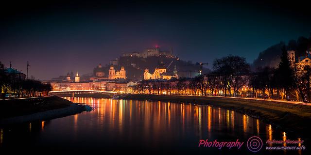 Salzburg Castle @ foggy night