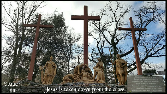Way of the cross 13th station) in Lourdes France....🇫🇷(புனித சிலுவைப்பாதை)