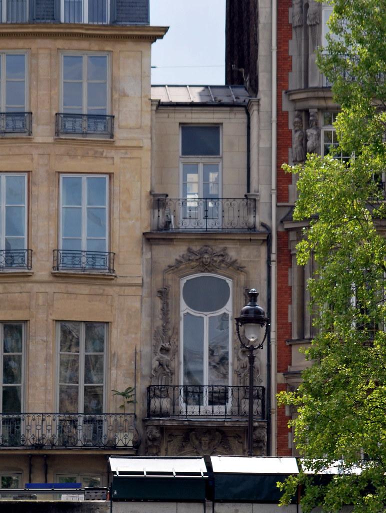 Incredible Smallest House Along The River Seine Paris Paris July 2011 Download Free Architecture Designs Terstmadebymaigaardcom
