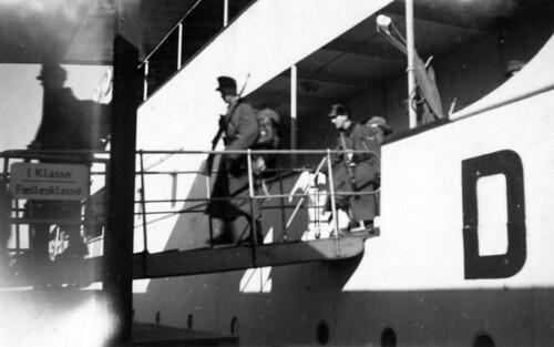 Soldater går på land på Sjælland