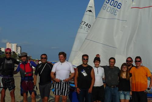 Travessa Alcanar-Calafell 2011. Foto dels participants a l'arribada a Calafell. 1 d'agost juliol 2011.