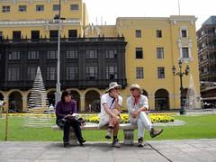 di, 01/12/2009 - 19:42 - 81_ Paul en Peter op Plaza Mayor-1