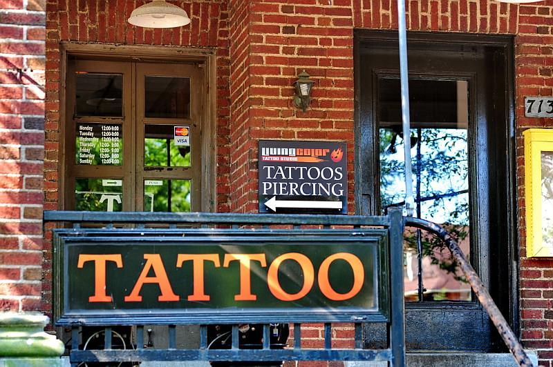 42 Living Color Tattoo Studio | COL_5475 | Adventure George | Flickr