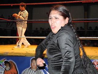 Fighting Cholitas in La Paz, Bolivia | by www.freeridesa.com