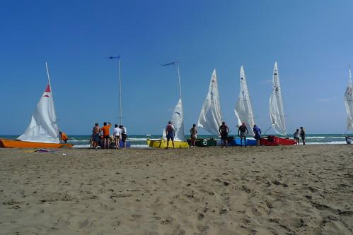 Travessa Alcanar-Calafell 2011. Parada a esmorzar a l'Illa de Buda. 30 de juliol 2011.