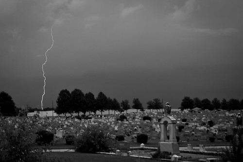 sky bw storm nature cemetery grave graveyard weather night georgia graves lightning week28 gravestones lagrange troupcounty themeblackandwhite thesussman hillviewcemetery sonyalphadslra200 shadowlawncemetery 52of2011