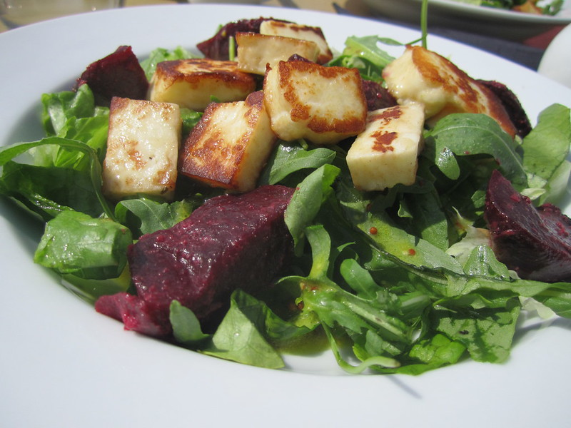 Halloumi and Beetroot Salad at The Richmond Boat