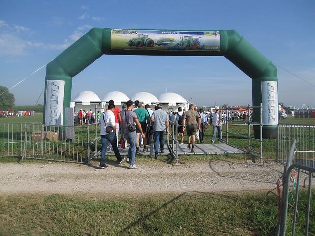 Fendt DieselRoss Show 2011 - Trattori e Macchine agricole