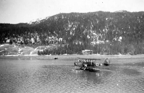 Tysk Røde kors fly i Finneidfjord