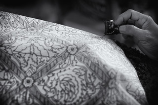 Batik maker applying melted wax to fabric, Sultan's Palace (Kraton), Yogyakarta | by Rahiman Madli
