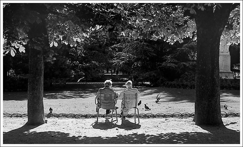 Les Amoureux Des Bancs Publics Olivier Marchesi Flickr