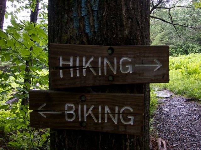 0:06:39 (29%): sign vermont hiking gilemountain