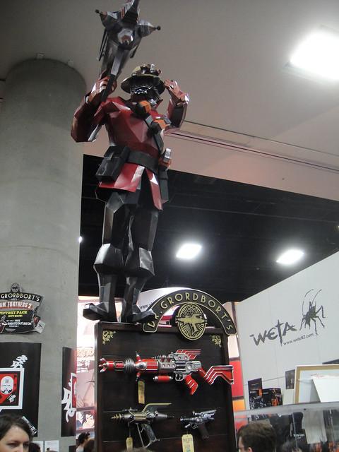 San Diego Comic-Con 2011 - Dr Grordbort statue (Weta booth)