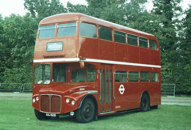 RMA 1, KGJ 621D, AEC Routemaster (2)