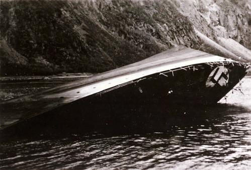 Tysk destroyer i Rombakken etter kampene om Narvik