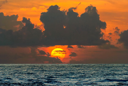 sky usa sunrise nikon southcarolina atlanticocean fripp d60 frippisland d7000 southcarolinabeaches