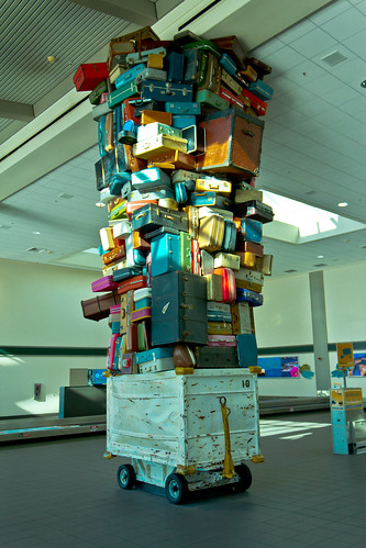 Luggage (Re-edit) | by robef