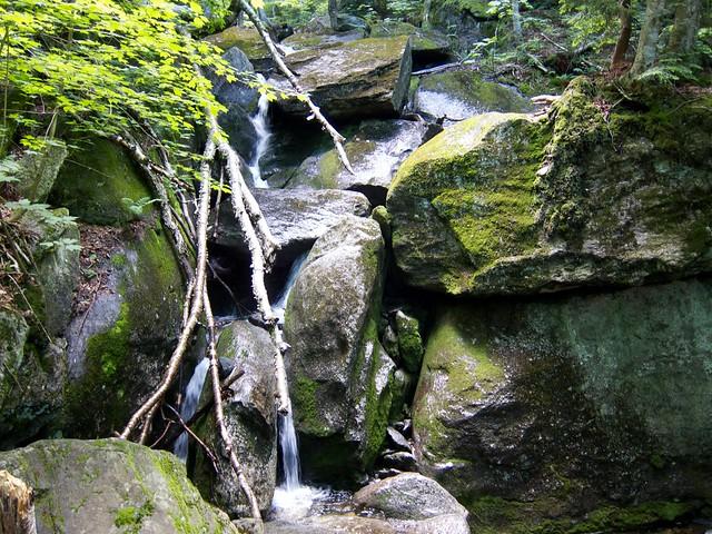 0:30:34 (14%): waterfall vermont hiking greenmountains mthunger waterburytrail mtwhiterock