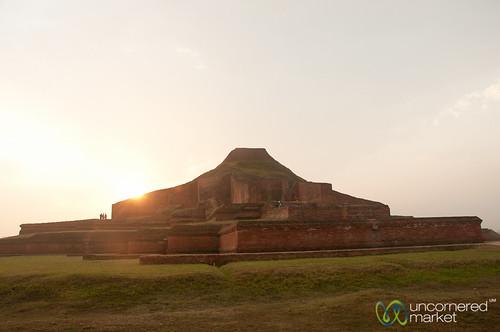 sunset dusk unesco bangladesh paharpur buddhistmonastery joypurhat buddhistsight