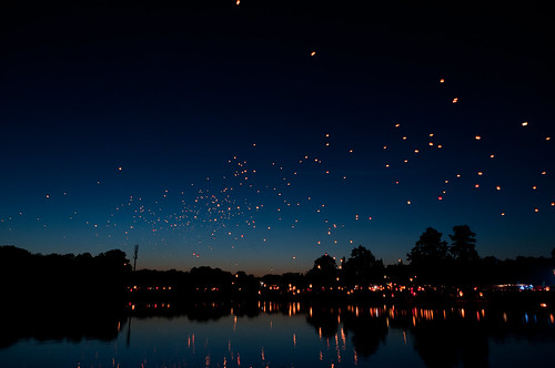 Flying hot air lanterns | by Kamil Porembiński