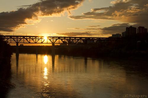 bridge sunset sun canada sunrise river golden edmonton alberta saskatchewanriver highlevelbridge walterdalebridge gtsomething