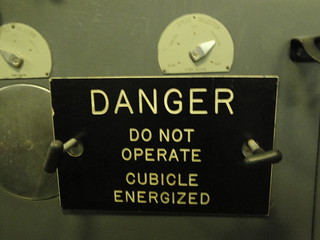 DANGER - CUBICLE ENERGIZED | by MvanWunnik