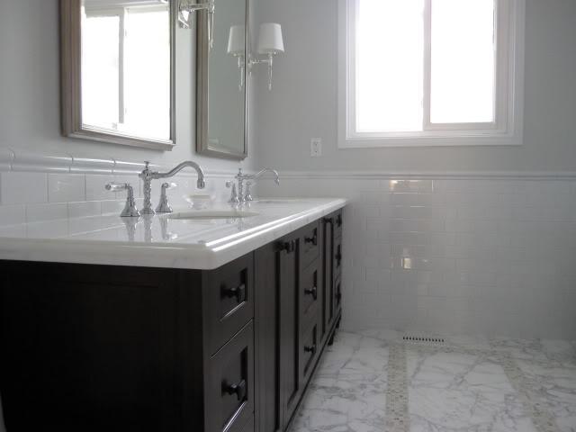 [Real Homes] Pale gray bathroom + marble + white subway tile: 'Horizon' by Benjamin Moore