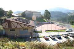 Fotografía de CIP exterior con campo incluido