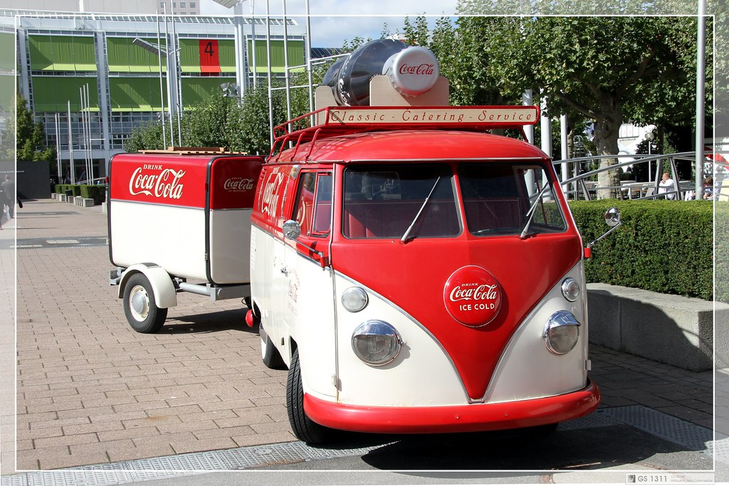 1950 1967 volkswagen t1 bulli 39 coca cola 39 visit my faceb flickr. Black Bedroom Furniture Sets. Home Design Ideas