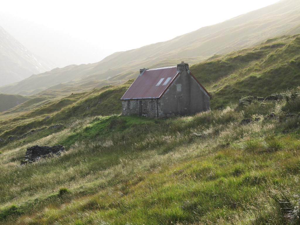 Bothy close to the Five Sisters of Kintail