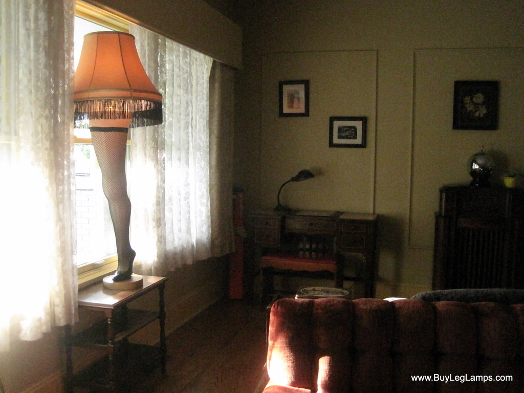 Leg Lamps From A Christmas Story.Leg Lamp At A Christmas Story House Closer Photo Of The Le