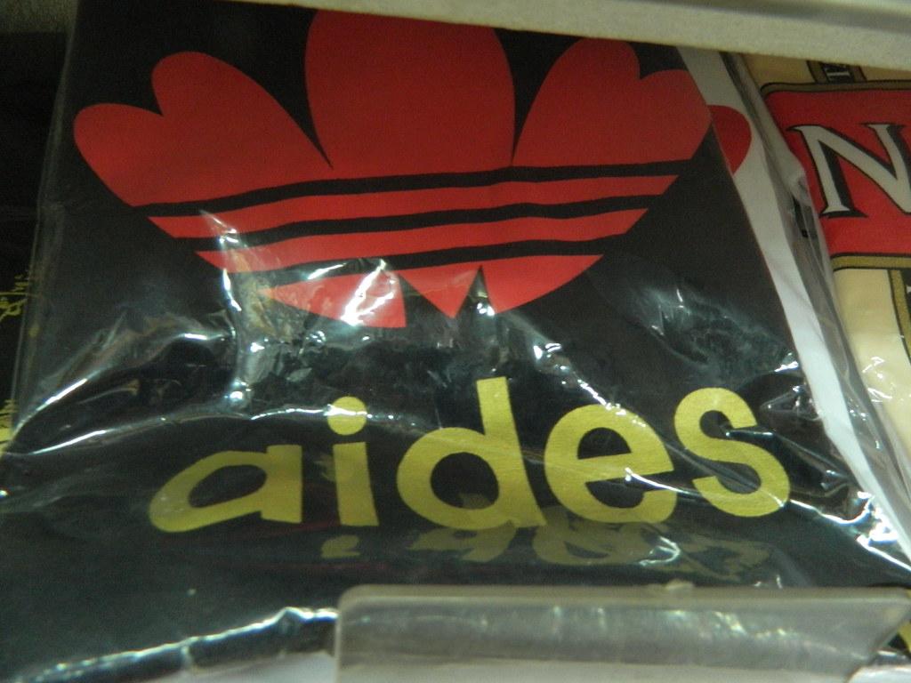 najlepsza strona internetowa wykwintny design szybka dostawa Adidas rip off | I think it might be worth paying the extra ...