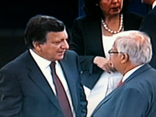9h tapantes ce mercredi 28/09 : le président Barroso arrive dans l'hémicycle