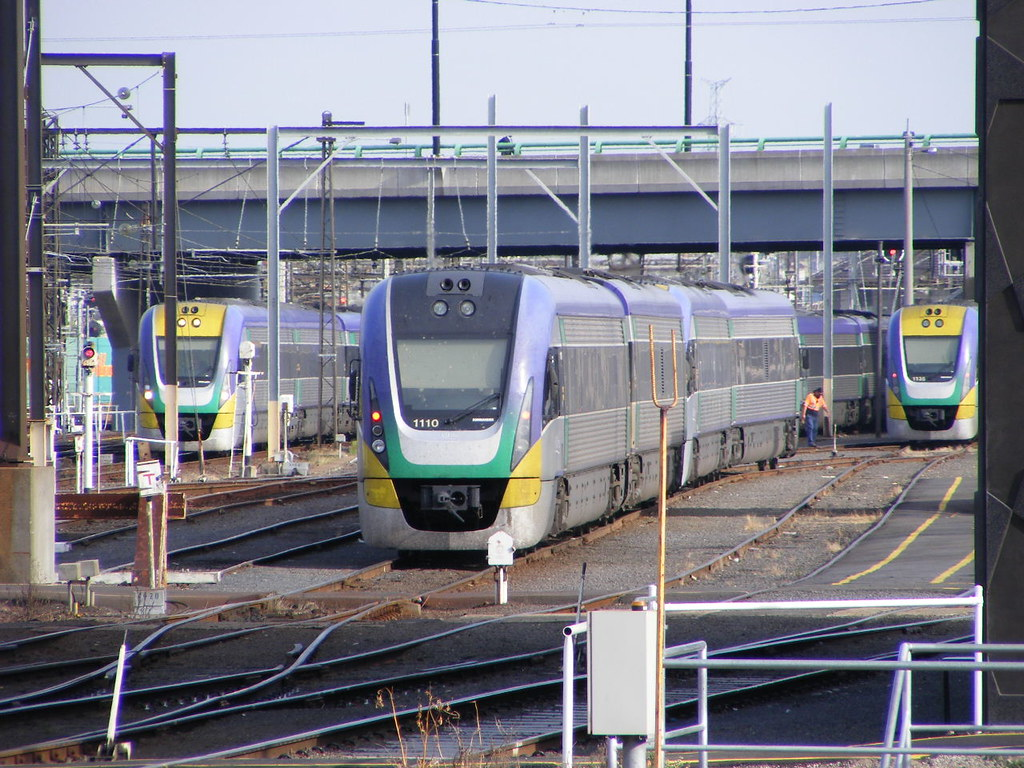 V Line 1110 Southern Cross 03.03.10 by Andy Cole