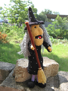 Amigurumi Halloween Witch -Crochet pattern PDF | Meet witch