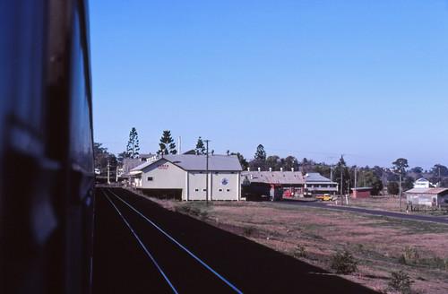 film industrial transport tracks australia slide trains scan nsw passenger aus signal railways om2 freight kodachrome64 kyogle olympusomsystem 35mmfilmslrcamera zuiko50mmautof14lens canonpixmamg8150