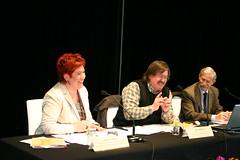 En ella aparecen Ainhoa Larrañaga, el profesor UPV Imanol Zubero y el Director de Inmigración del Gobierno Vasco Roberto Marro