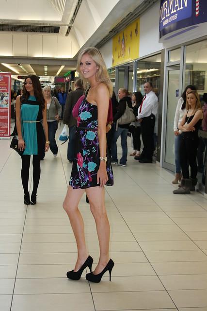 Edinburgh: Cameron Toll Fashion Show