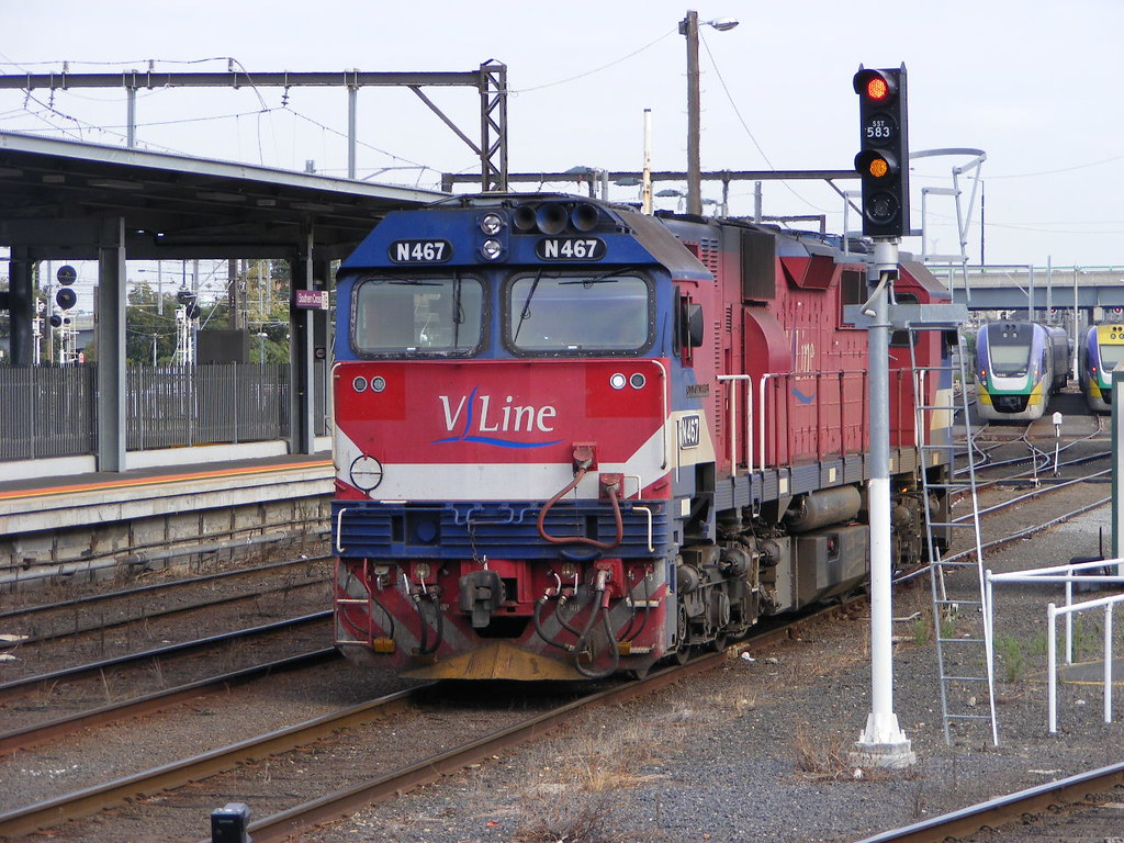 V Line N467 Southern Cross 03.03.10 by Andy Cole