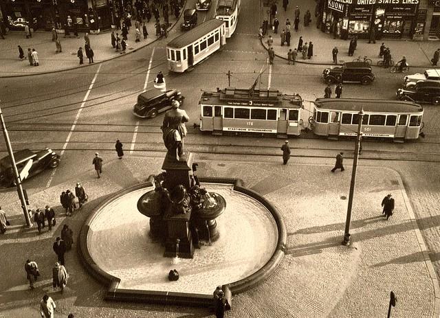 Bahnhofplatz Zürich 1938 Museumstram Ce 2/2 176
