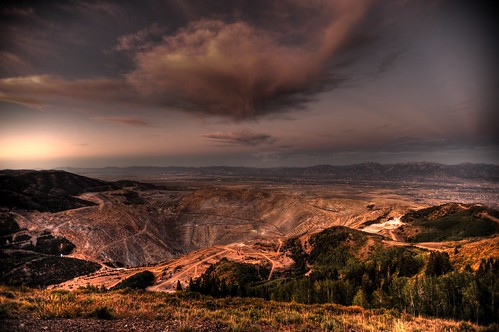 city lake utah mine open salt canyon pit copper kennecott bingham