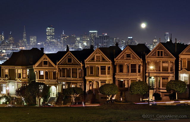 San Francisco famous skyline at night
