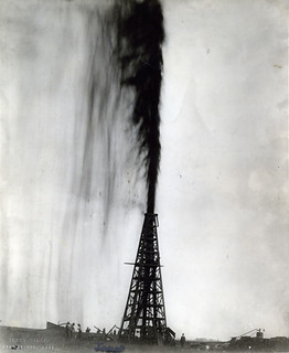 Lucas Oil Well Gusher, Spindletop Field | by Briscoe Center for American History
