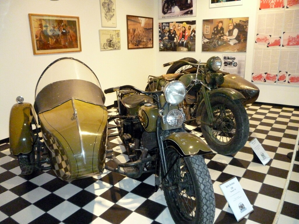 Riku'o and Harley with sidecars at the Finnish Motorcycle … | Flickr