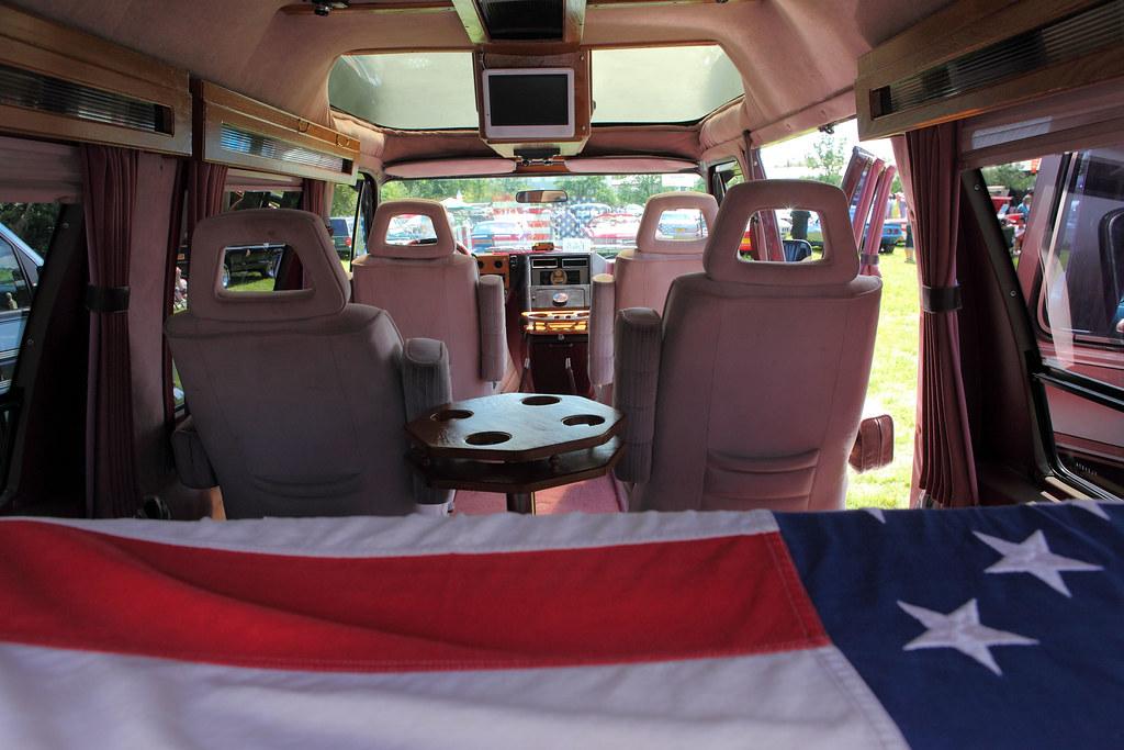 Chevrolet G20 Passenger Van, interior, c1988 | 5.7 litre ...